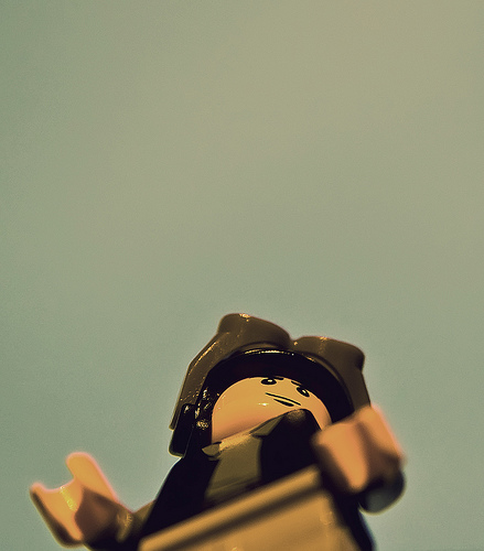 Old timey aviator. Image:legomyphoto.wordpress.com